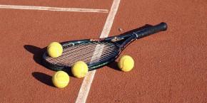 El govern espanyol imposa el castellà a les competicions de tennis